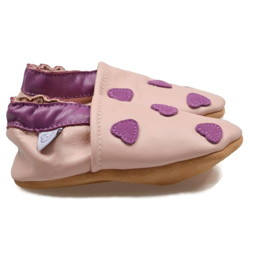 pink-shoes-with-purple-hearts-2