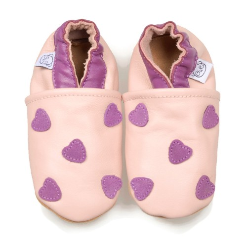 pink-shoes-with-purple-hearts